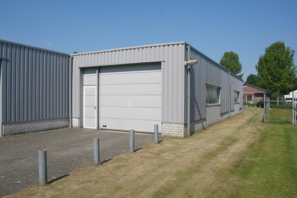 Multifunctionele bedrijfsruimte bladel haagdoorn vastgoed - Kantoor met geintegreerde opslagruimte ...